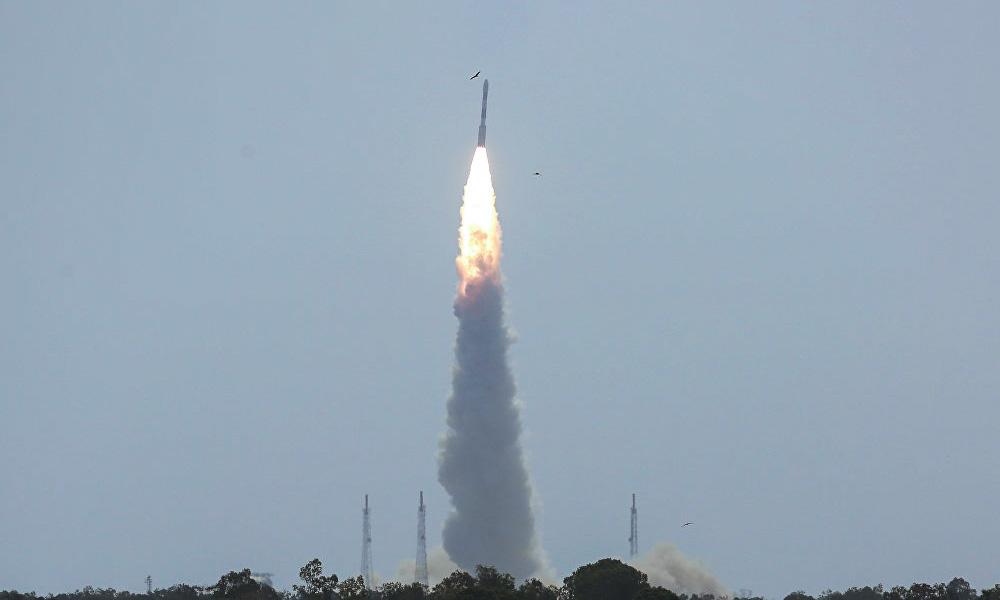 ند همزمان ۳۱ ماهواره را به فضا فرستاد