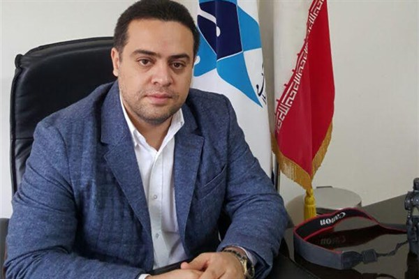 دکتر آرش اسلامی